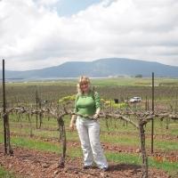 Orna Spring 2009 in the Vin Yard 025